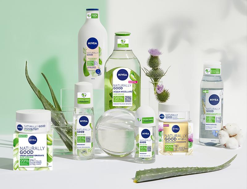 Scopri tutti i prodotti della gamma Nivea Naturally Good
